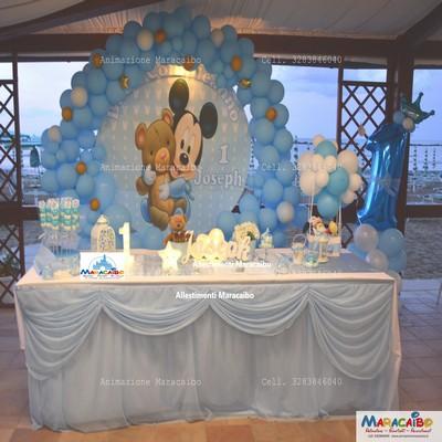 Allestimento tavolo addobbi decorazioni oggetti decorativi palloncini centrotavola sweet table tavolo torta Ancona Macerata