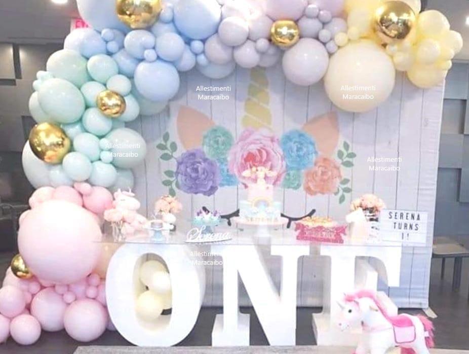 Decorazioni compleanni feste stampa a tema unicorno + scritta One gigante + scritta nome + oggetti decorativi