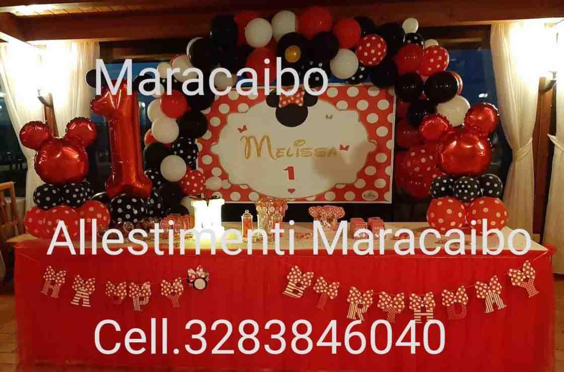 Feste a tema Minnie allestimento Topolina palloncini tavolo torta stampa arco compleanno completo