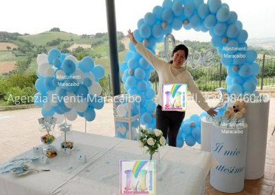 Addobbi compleanni battesimi archi stampe personalizzati palloncini decorazioni tavolo torta Allestitrice