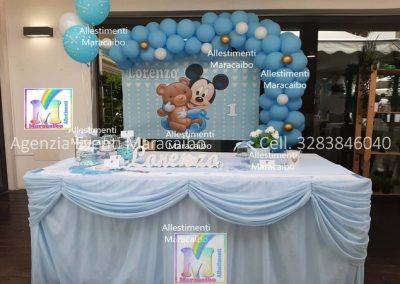 Addobbi completi per compleanni battesimi archi personalizzati palloncini decorazioni tavolo torta Porto Recanati Civitanova