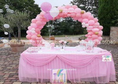 Allestimenti completi per compleanni battesimi archi stampe personalizzati palloncini decorazioni tavolo torta bambina Cartoceto Fabriano Ostra
