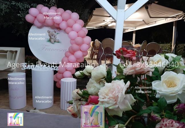 Allestimenti completi per battesimi compleanni cerimonie confettata palloncini decorazioni tavolo torta Macerata Civitanova Marche Ancona